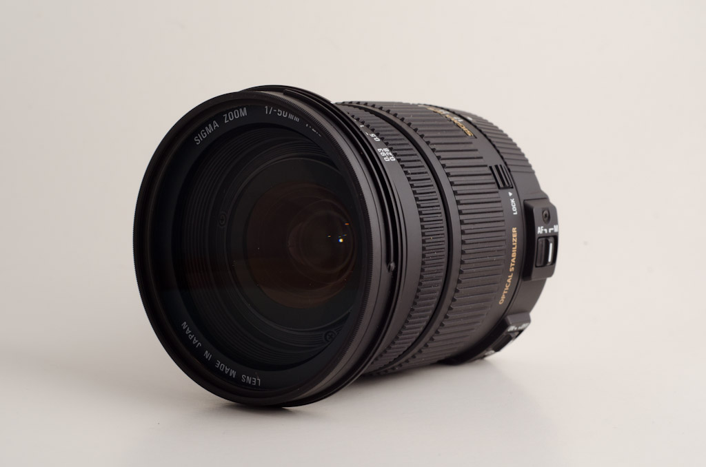 how to clean a sigma lens outside