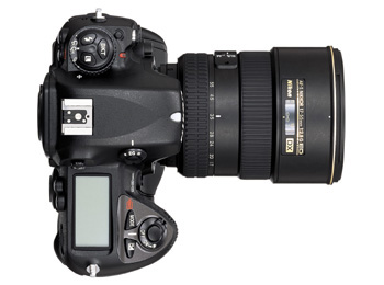 The Nikon D2X: Real world usage in the hands of a professional