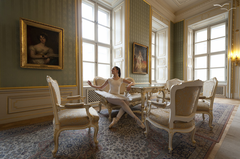 Ballet dancer in the Primate's Palace of Bratislava, Slovakia by Pascal Baetens (pbaetens)